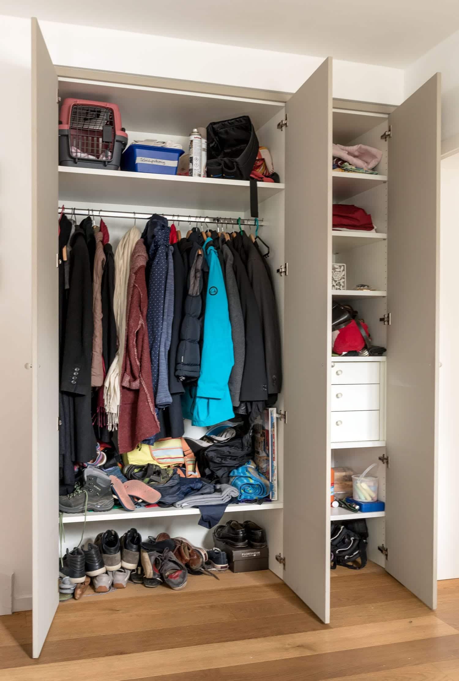 tischlerei-hanses-essen-moebel-handwerk-garderobe-1