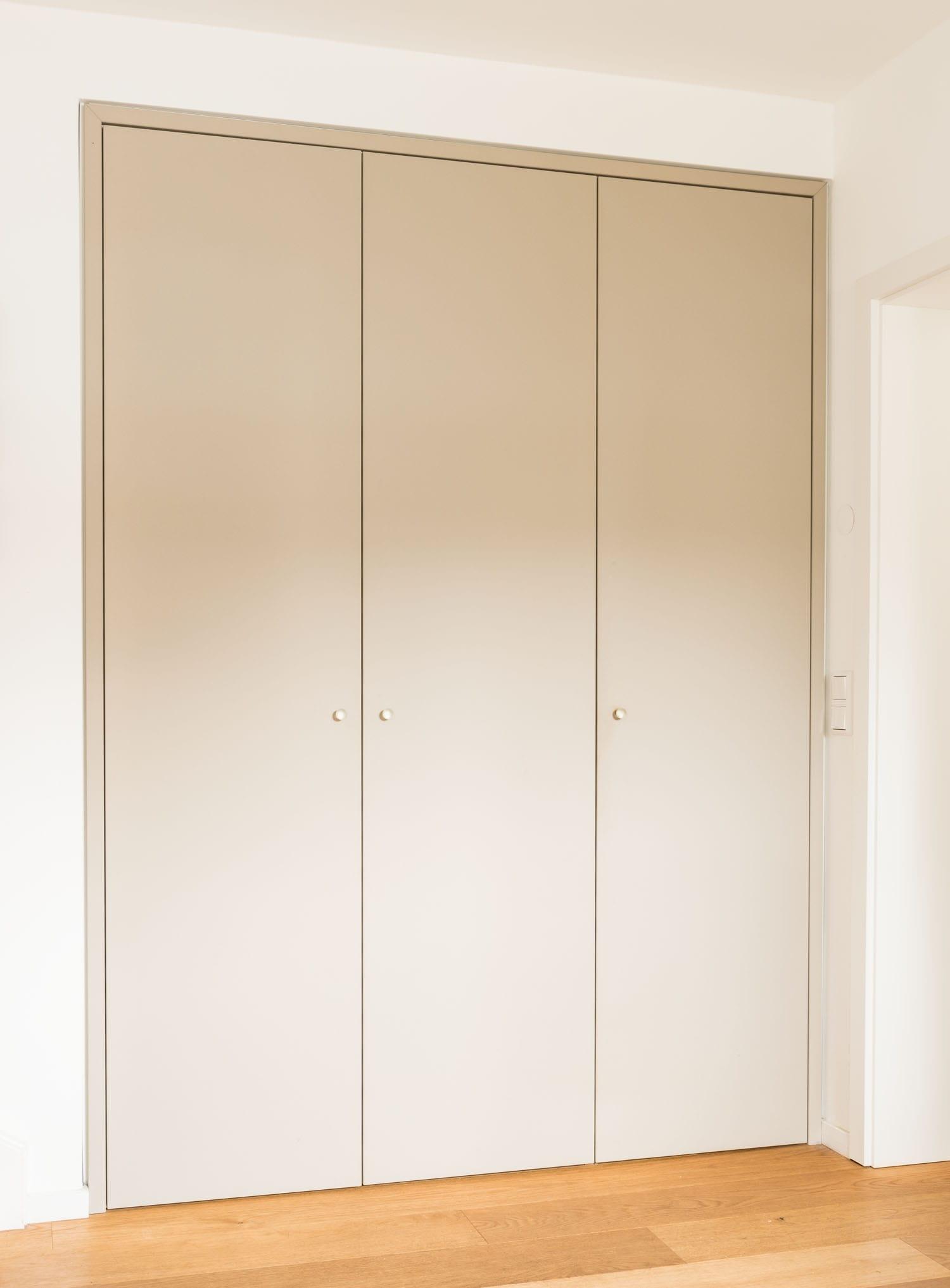 tischlerei-hanses-essen-moebel-handwerk-garderobe-2